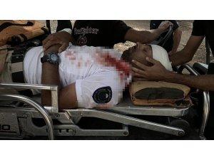 İsrail polisi, Mescid-i Aksa'nın muhafızını darp ederek gözaltına aldı