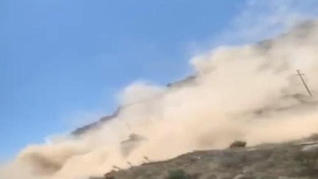 Heyelan anı... Denizli'de deprem sonrası ürküten görüntü