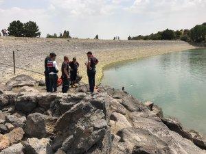 Baraja giren Afganistanlı genç boğuldu