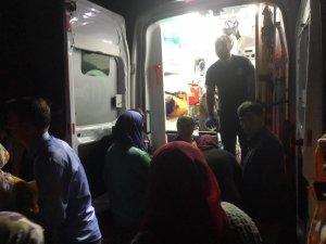 Bartın'da 5 kişinin bulunduğu araç baraja devrildi