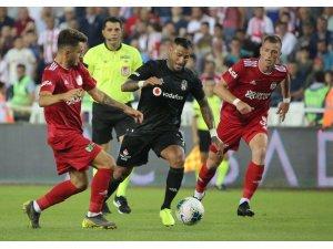 Süper Lig: Sivasspor: 3 - Beşiktaş: 0 (Maç sonucu)