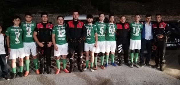 Şehit Mehmet Çolak adına futbol turnuvası düzenlendi