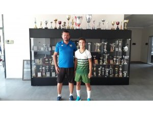 Salihlispor'dan Manisa FK'ya!