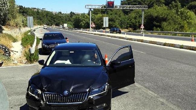 Hastaneye kaldırıldılar AK Partili iki milletvekili trafik kazası geçirdi