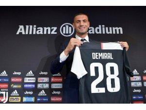 """Merih Demiral: """"Juventus'un ilk Türk futbolcusu olmak gurur verici"""""""