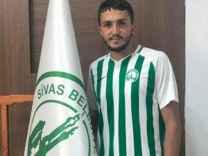 Sivas Belediyespor, Burak Asan'ı transfer etti