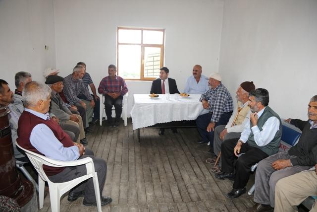 Kaymakam Bozkurtoğlu vatandaşlarla  buluştu