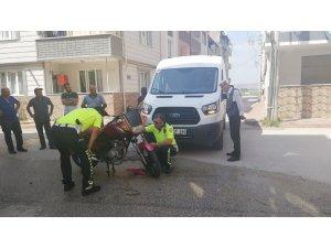 Çalıntı motosikletle kaza yaptı