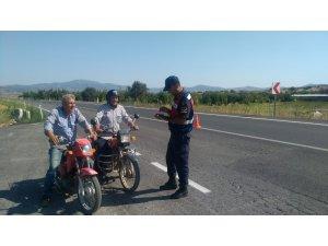 Kula'da jandarmadan motosiklet uygulaması