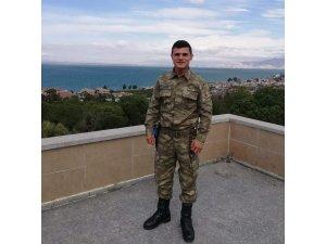 Sinoplu Uzm. Onbaşı İdris Gezer, Hakkari'de şehit düştü
