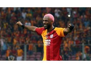 Galatasaray'da ligde sezonun ilk golü Ryan Babel'den
