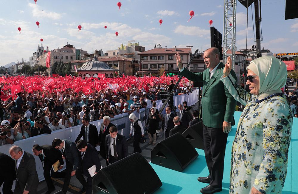 """Ahmet Davutoğlu'nun ihracında """"Konya"""" etkisi"""