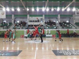 Konyaspor Basketbol hazırlık maçında mağlup