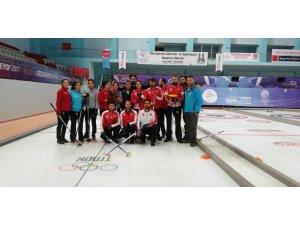 Curling Milli Takımı hazırlık kampı Erzurum'da devam ediyor