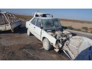 Konya'da tomobil ile kamyonet çarpıştı: 4 yaralı