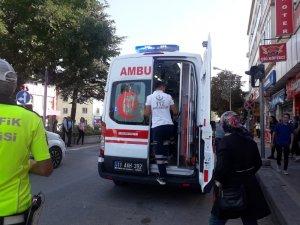 Bilecik'te otomobilin çarptığı öğrenci yaralandı