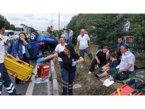 Samsun'da yemekten dönen aile kaza yaptı: 9 yaralı