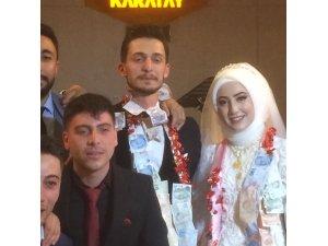Şeyma ile Mustafa evlendi