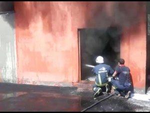 Van Atatürk Stadında korkutan yangın