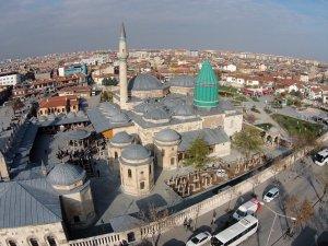 """Türk ve İran ortak yapımı """"Mevlana"""" filmi geliyor"""