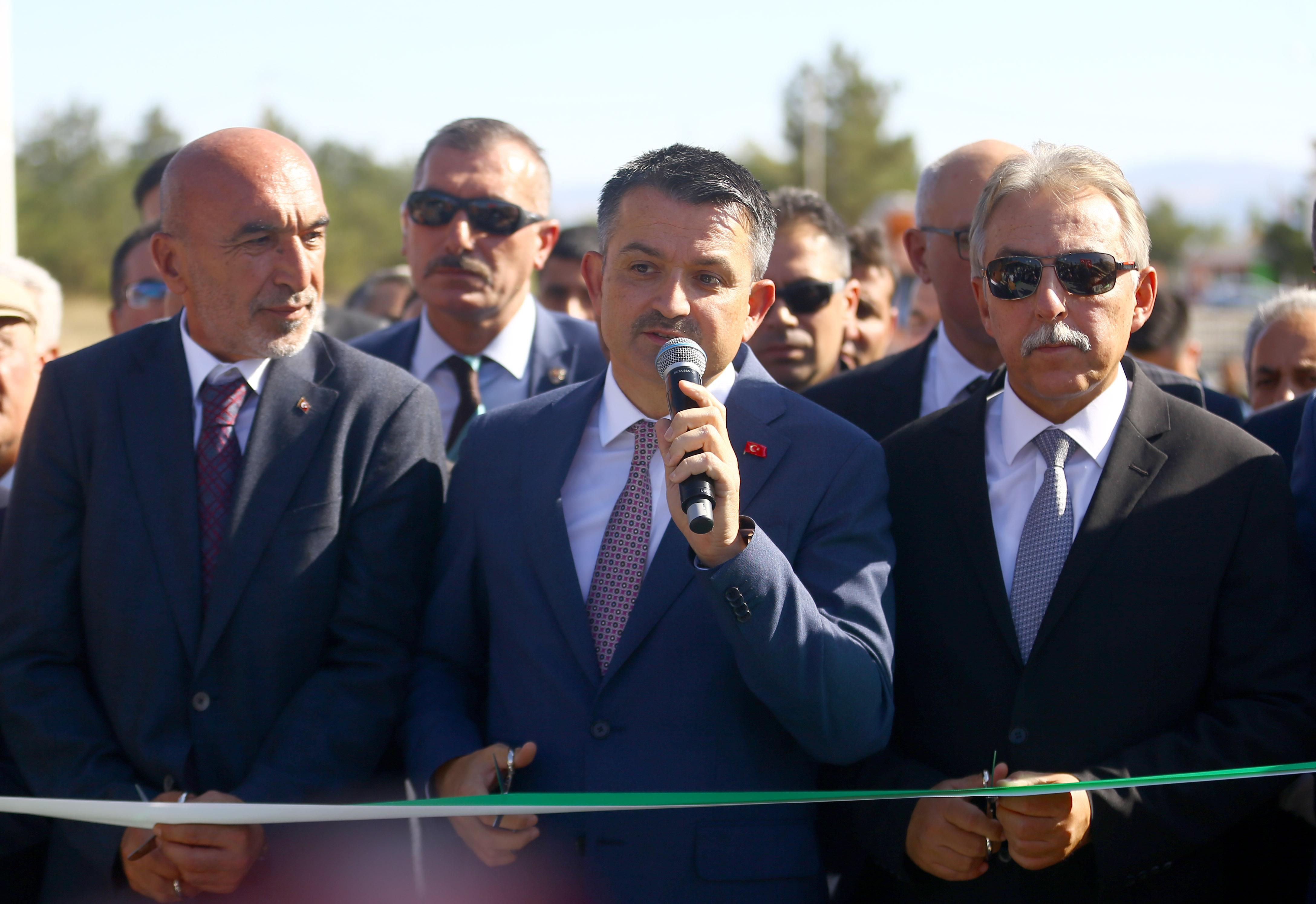 """Bakan Pakdemirli Konya'da açıkladı: """"Pancar şekeri satışlarında Cumhuriyet tarihimizin rekoru kırıldı"""""""