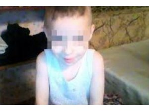 Rusya'da 6 yaşındaki çocuk 5 gün annesinin cesediyle yaşadı