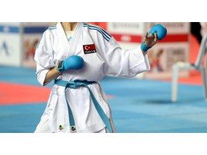 Milli karateciler rotasını Şili'ye çevirdi