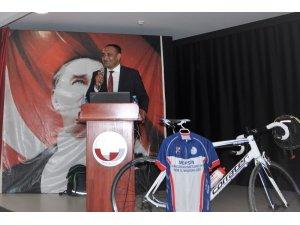 Toroslar'da okullarda güvenli bisiklet sürme eğitimi