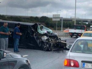 İstanbul Havalimanı yolunda feci kaza: 2 ağır yaralı
