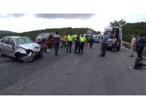 Kuzey Marmara Otoyolu Ali Bahadır bağlantı yolunda zincirleme kaza meydana geldi. Kaza sonucu ölü ve yaralıların olduğu öğrenildi.