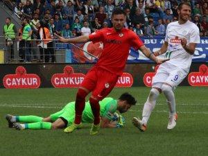 Süper Lig: Çaykur Rizespor: 1 - Gazişehir Gaziantep FK: 2 (Maç sonucu)
