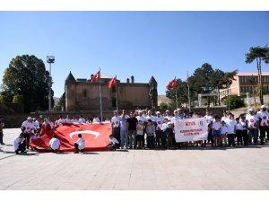 Bitlis'te herkes için spor yürüyüşü yapıldı