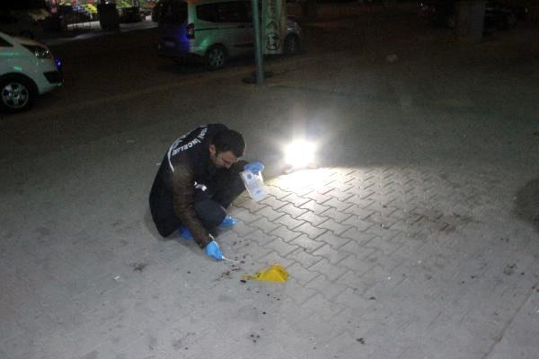 Konya'da baba ve oğlu iş yerinde bıçaklandı