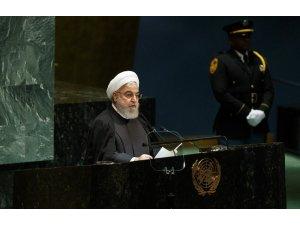 """İran Cumhurbaşkanı Ruhani: """"Halk, tarihi sınavdan çıktı, sıra bizde"""""""