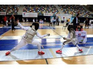 Eskrimde Gençler ve Büyükler Epe Türkiye Şampiyonası Konya'da yapılacak