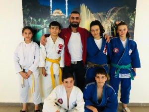 Taşkentspor'dan judoda 4 madalya