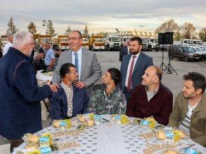 Başkan Kavuş, personelle buluştu
