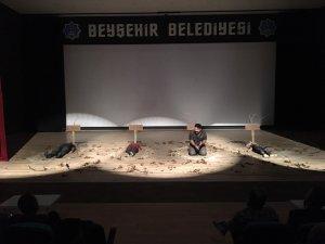 Beyşehir'de uyuşturucunun zararlarını anlatan tiyatro oyunu sahnelendi