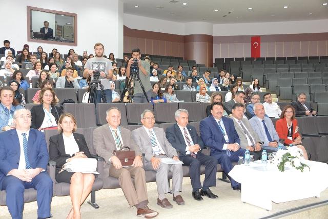 SÜ'de Yaşamın Anahtarı:  Periyodik Tablo Kongresi Başladı
