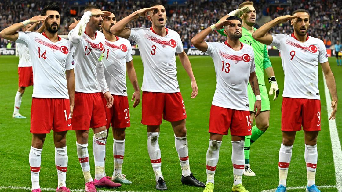 Mehmetçik'e selam liderliğe devam
