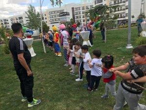 Prestij Park Konutları 1. Sonbahar Çocuk Şenliği yapıldı