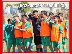 Yeşil sahalardan Mehmetçik'e tam destek