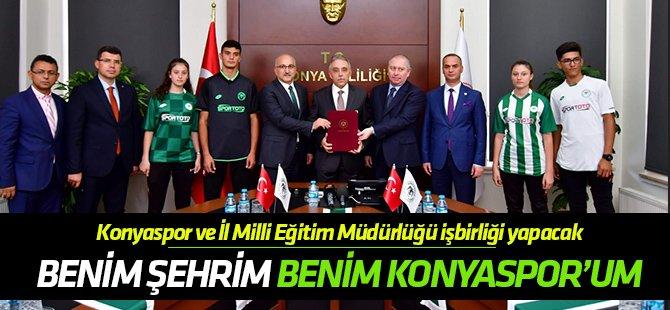 """""""Benim Şehrim, Benim Konyaspor'um""""da imzalar atıldı"""