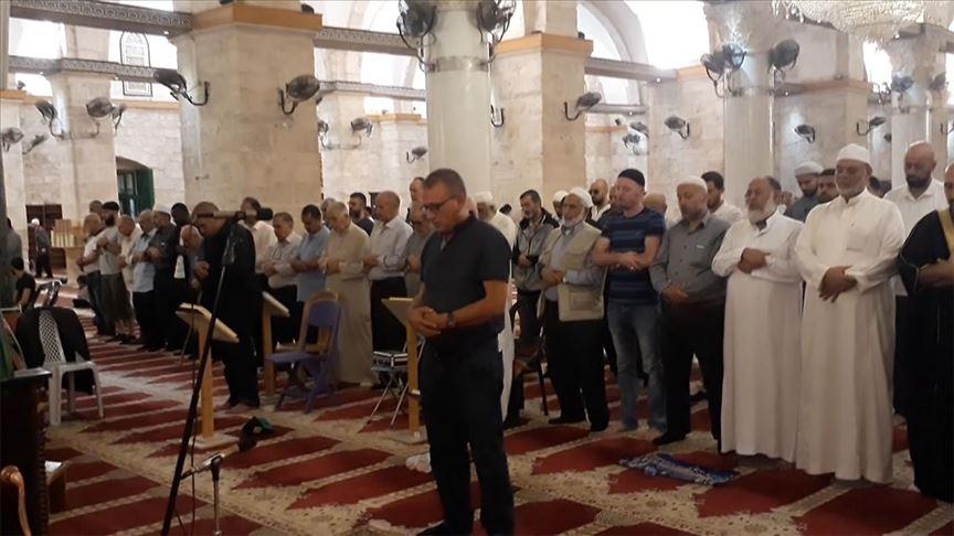 Mescid-i Aksa'da Nuri Pakdil için gıyabi cenaze namazı