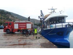 Balıkçı tekneleri batmaktan kurtarıldı
