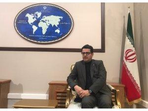 """""""İran, Suriye'deki siyasi süreci tüm gücüyle desteklemektedir"""""""