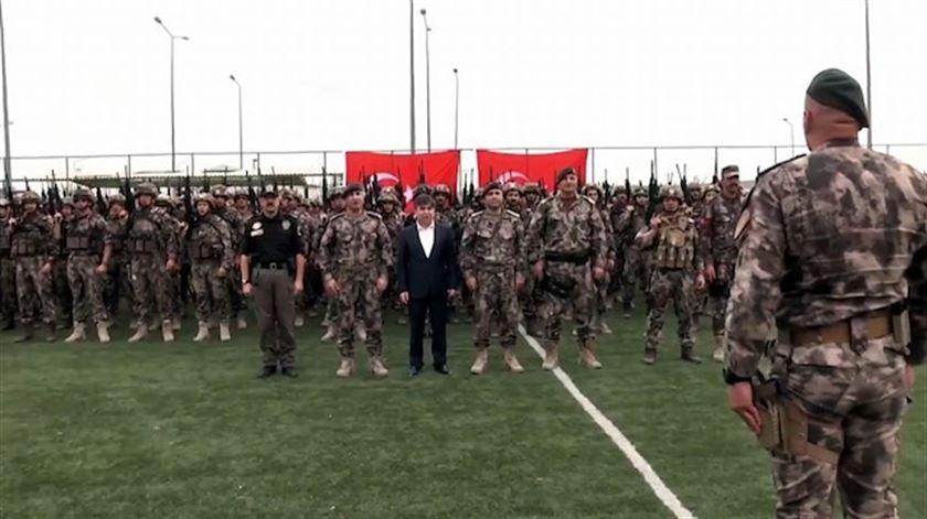 'İşte geliyor Özel Harekat...' PÖH timleri Suriye'ye uğurlandı!