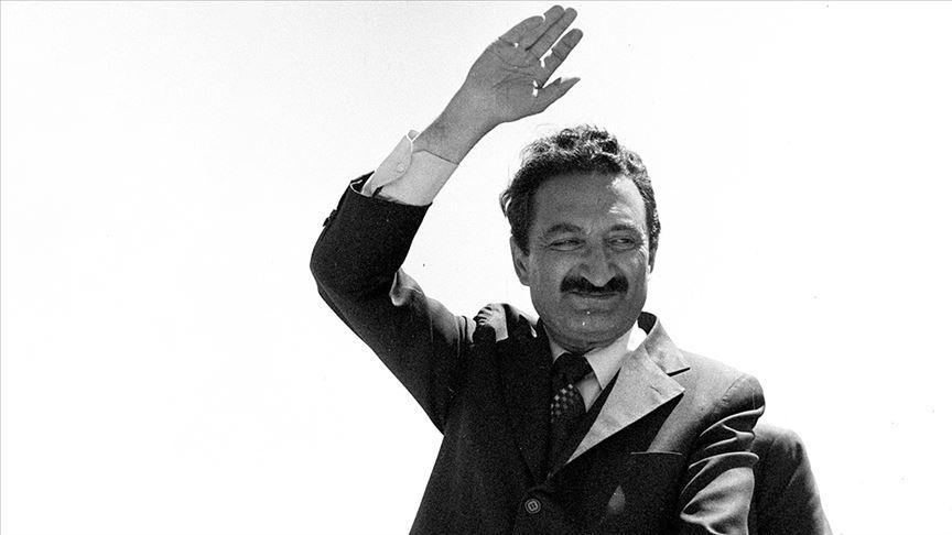 """""""Türk siyasetinin Karaoğlanı""""nın vefatının üzerinden 13 yıl geçti"""