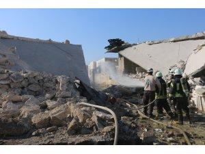 Rus uçakları İdlib'de mülteci kampını vurdu: 4 ölü, 6 yaralı