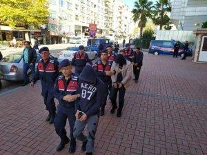 Kocaeli'de 4 DEAŞ şüphesinden 2'si tutuklandı
